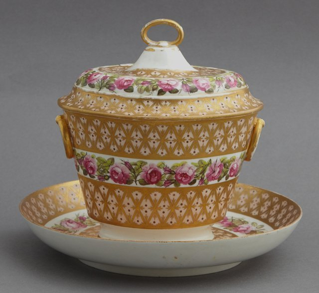 Derby Porcelain Covered Sugar Bowl and Flat, 19th c.,
