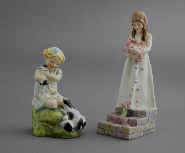 Two Royal Worcester Figures, 20th c., consisting of