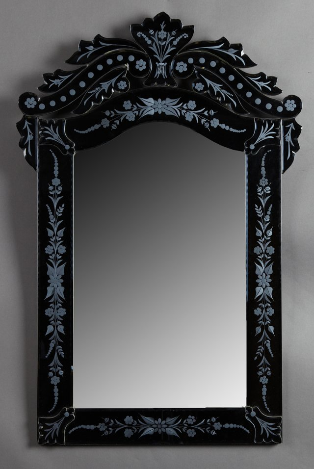 Venetian Style Etched Glass Mirror, 20th c., the arched