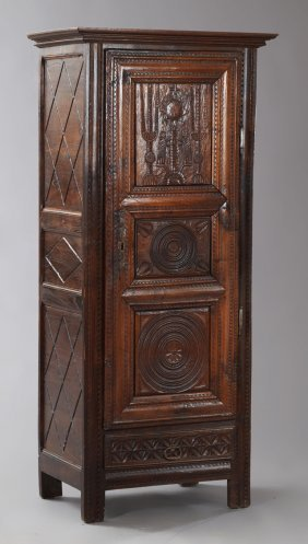 French Provincial Louis Xv Style Carved Oak Bonnetiere,