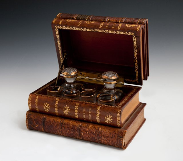 French Faux Book Form Liqueur Set, early 20th c.,
