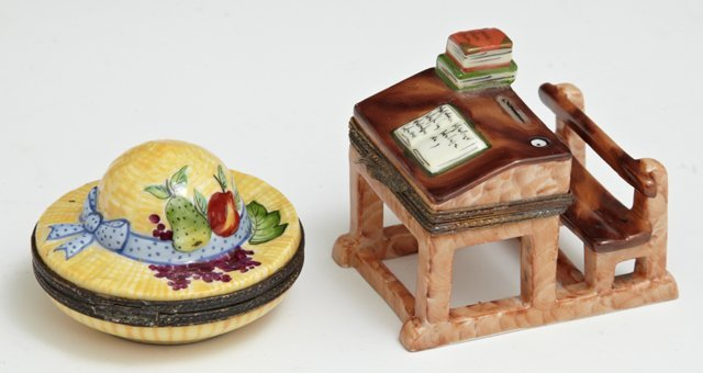 Two Hand-Painted Limoges Porcelain Pill Boxes, 20th c.,