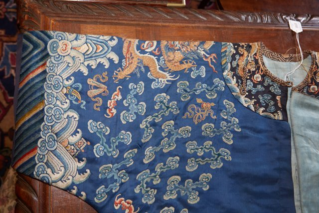 Chinese Embroidered Blue Silk Robe, early 20th c., with - 10
