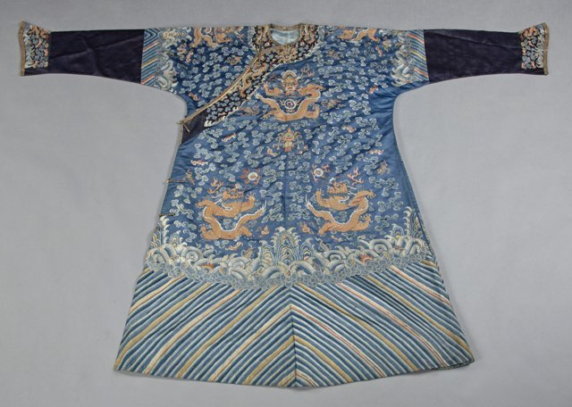 Chinese Embroidered Blue Silk Robe, early 20th c., with