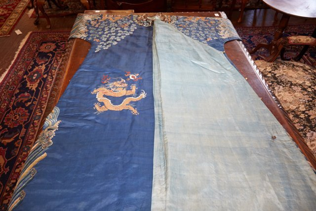 Chinese Embroidered Blue Silk Robe, early 20th c., with - 8