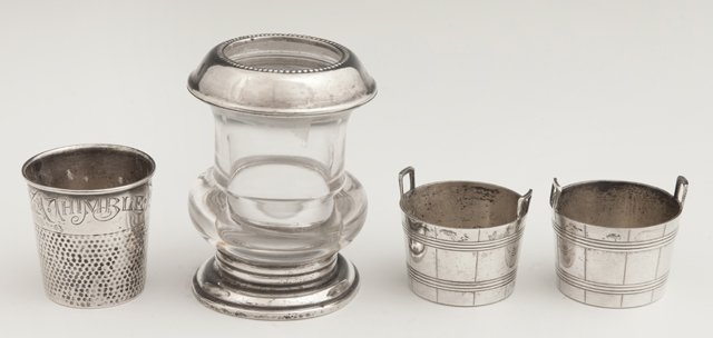 Four Pieces of Sterling, 20th c., consisting of a shot