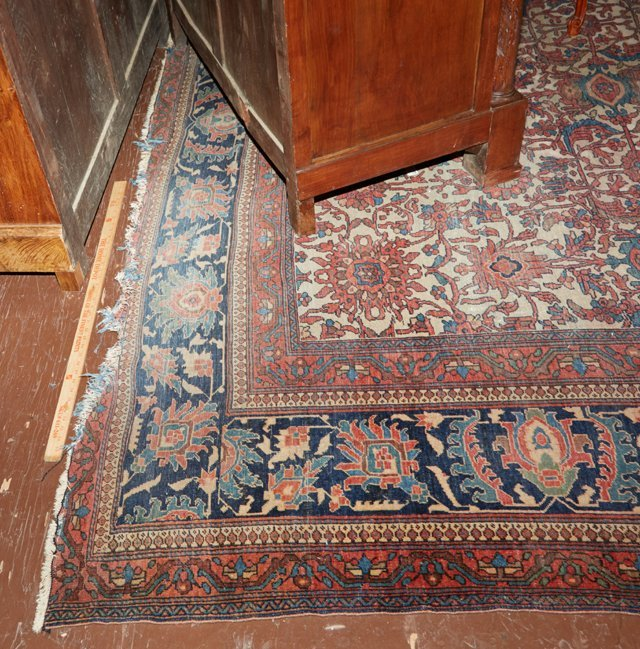Antique Mahal Carpet, 9' 10 x 14'. Provenance: The Esta - 6