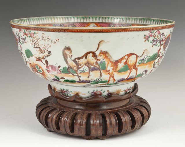 Chinese Porcelain Famille Rose Punchbowl, 19th c., the