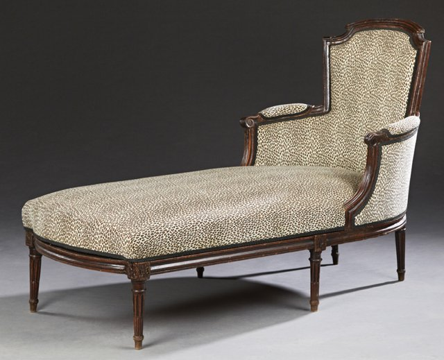 Louis XVI Style Carved Beech Chaise Lounge, early 20th