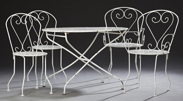 French Six Piece Wrought Iron Patio Set, early 20th c., - 2