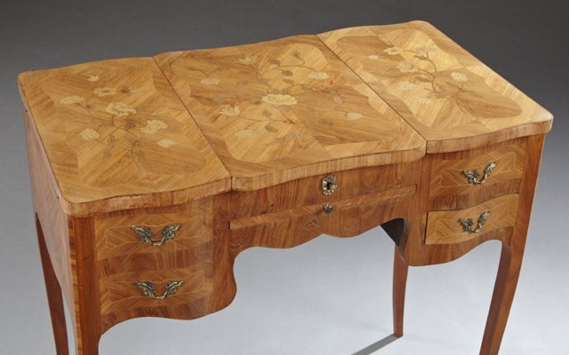 French Louis XV Style Marquetry Inlaid Mahogany - 3
