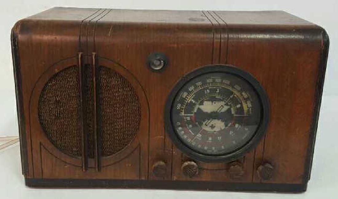 Antique Circa 1930s Radio Circa 1930s Radio, wood box