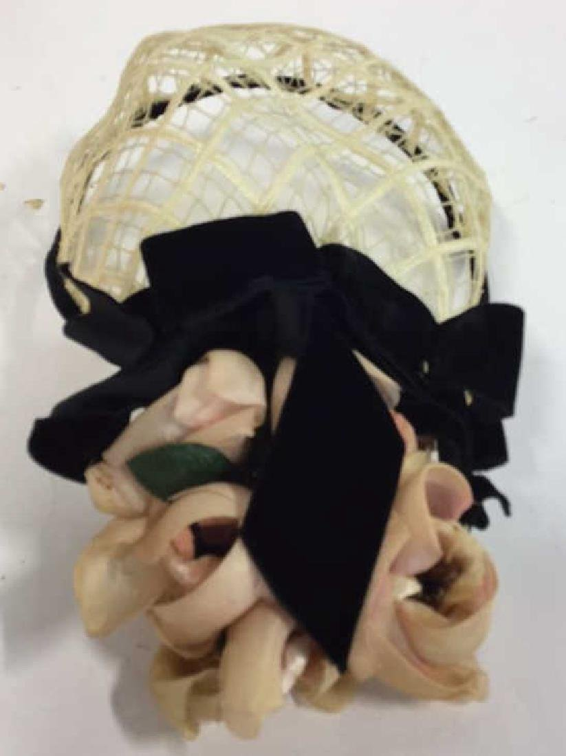 Collection Of Vintage Ladies Hats And More Assorted - 2
