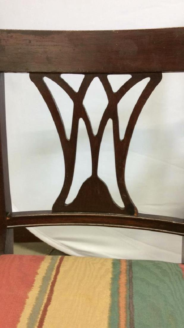 2 Carved Vintage Sheridan Style Chairs Two carved - 9