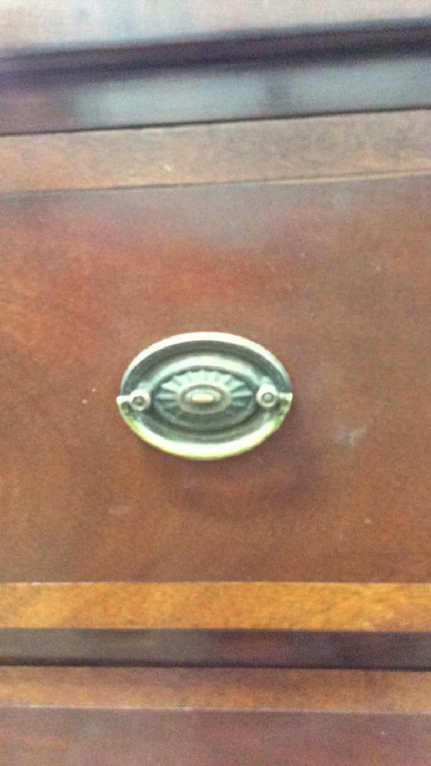 Mahogany Inlaid Sheraton Style Dresser Mahogany  3 - 9