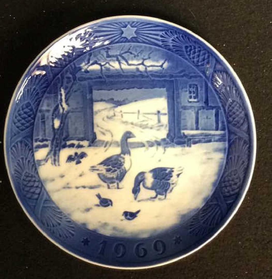 Royal Copenhagen 1969 Porcelain Collector  Plate - 2