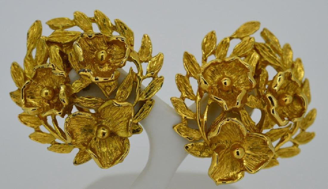 "Goldtone Bold Clip-on Fashion Earrings Approx. 1"","
