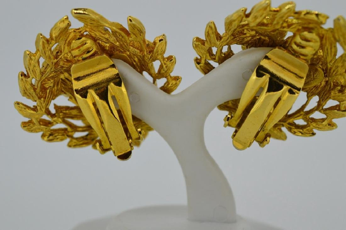 "Goldtone Bold Clip-on Fashion Earrings Approx. 1"", - 3"