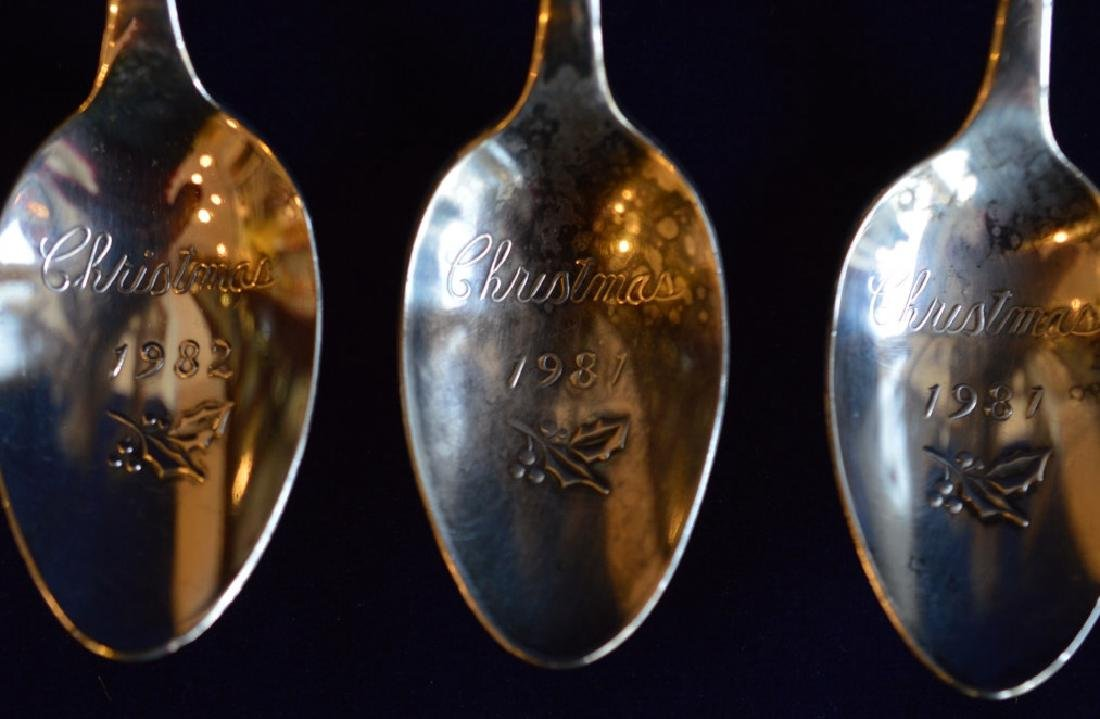 Silverplate Christmas Spoon Set Set of 4 Engraved - 3