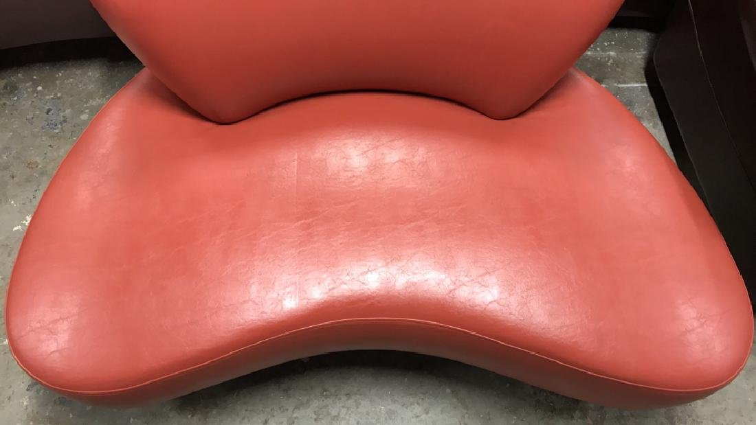 Modernica SOHO NY Coral Leather Lounge Chair Modernica - 4