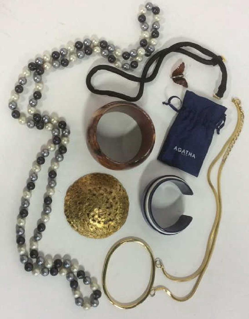 Group Lot Vintage Costume Jewelry - 7