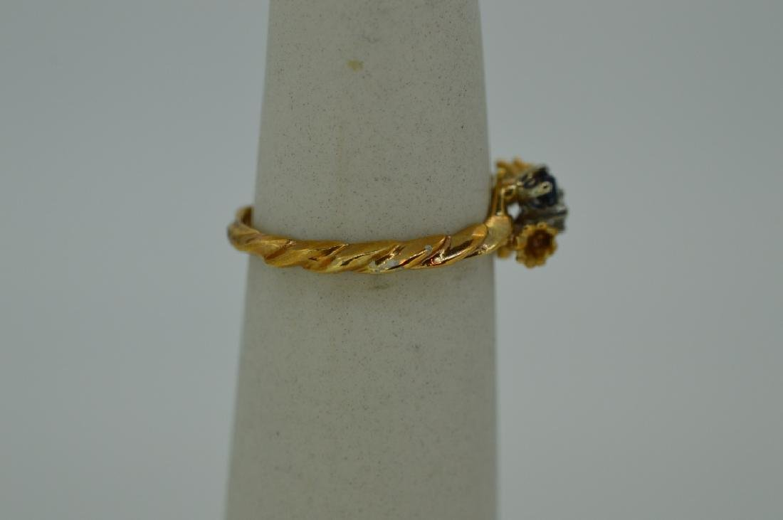 10K Yellow Gold Ring Red White & Blue Stones - 2