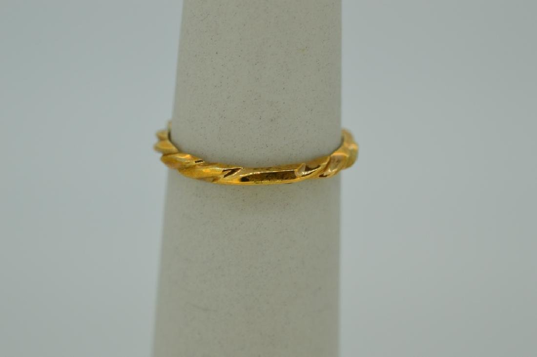 10K Yellow Gold Ring Red White & Blue Stones - 4