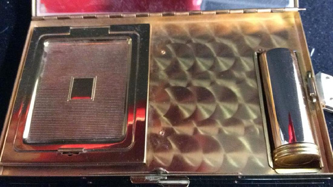 3 Vintage Gold Toned Purses Compacts - 8