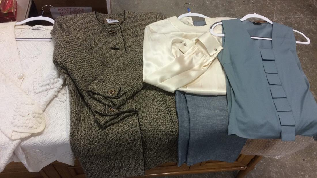 Group Women's Designer Clothing Group Lot Women's - 10