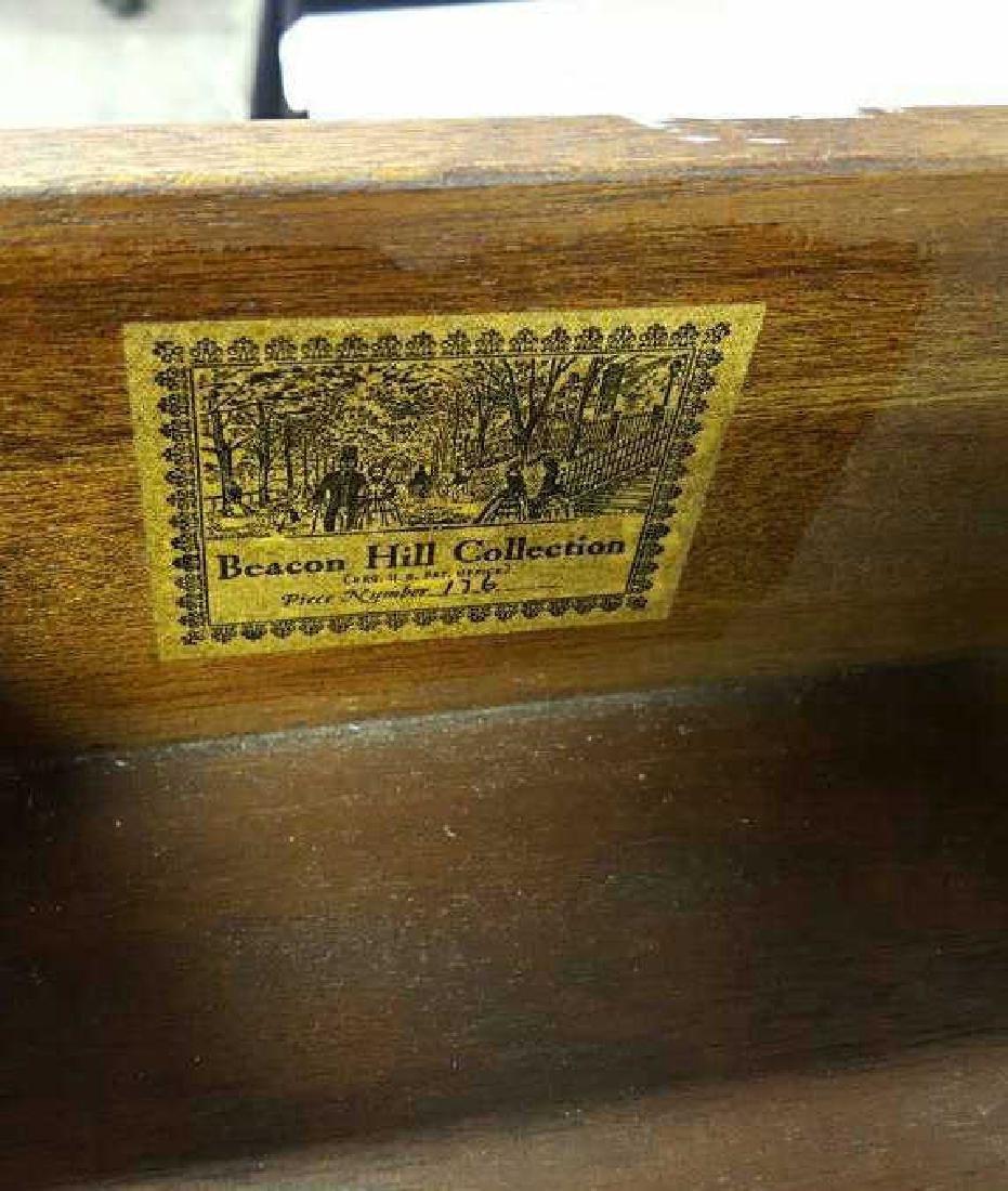 Beacon Hill Collection Mahogany End Table Beacon Hill - 9