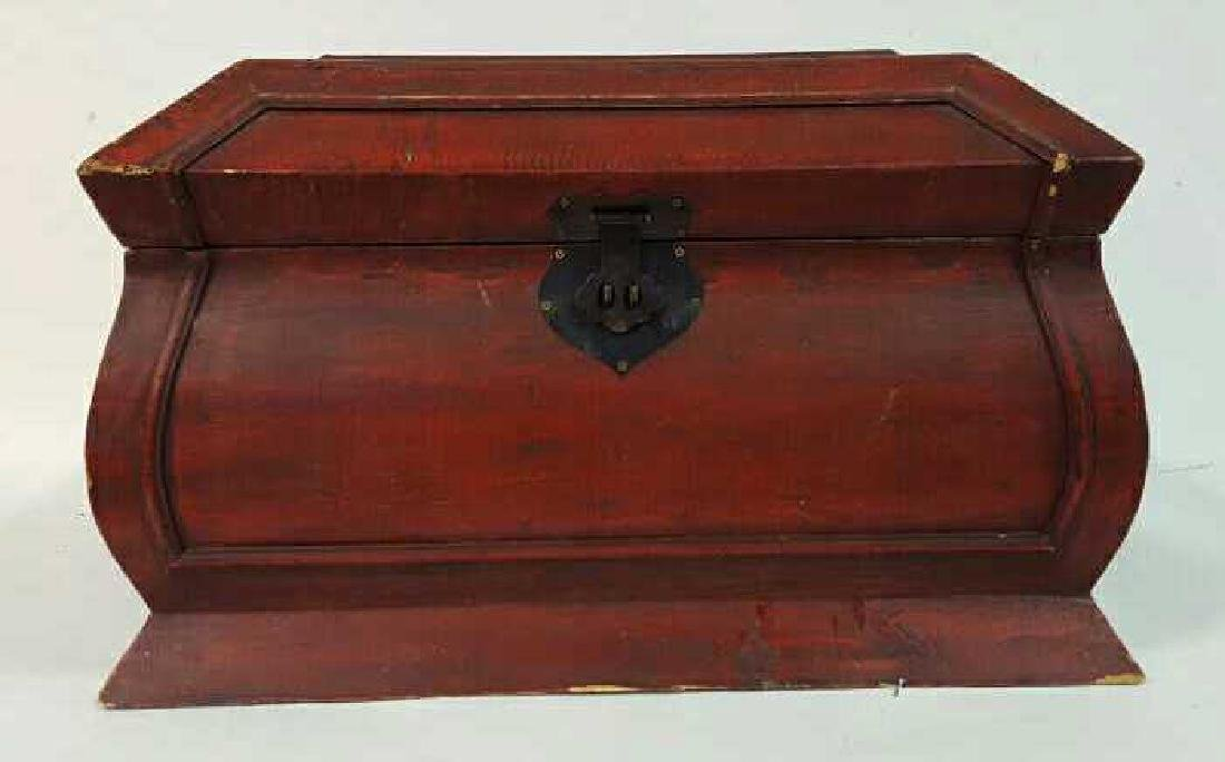 Vintage Red Painted Wood Chest Vintage Red Painted Wood