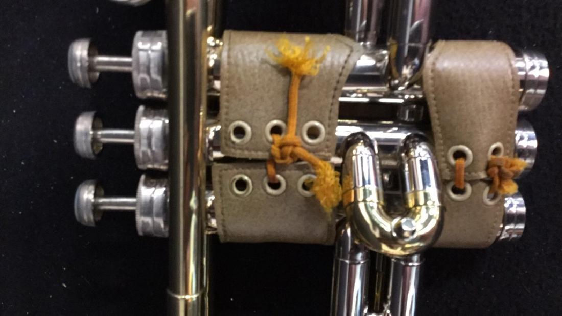 Brass Conn Trumpet With Case Brass trumpet from Conn - 3