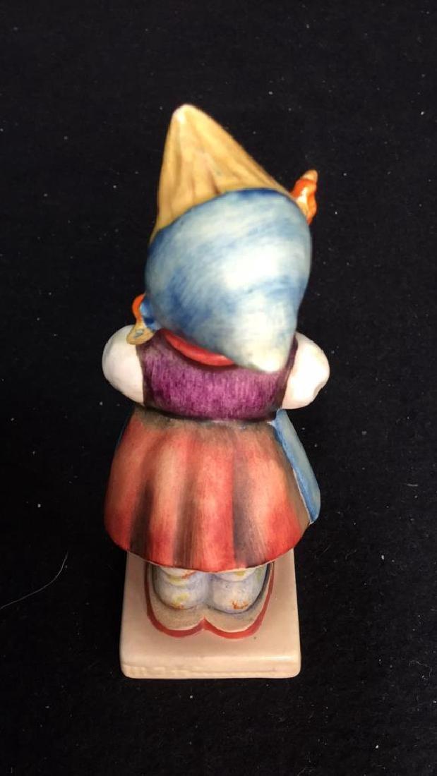 5 Goebel Hummel Figurines Assortment of Hummel - 9