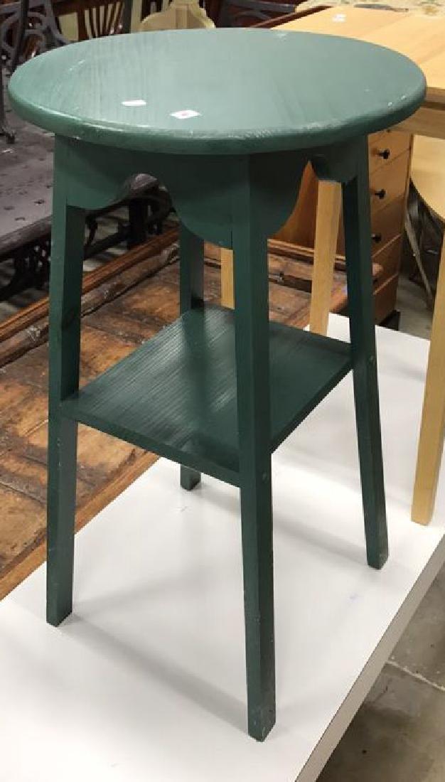 2 Vintage Style Wood Corner Tables 2 Vintage Style Wood - 2