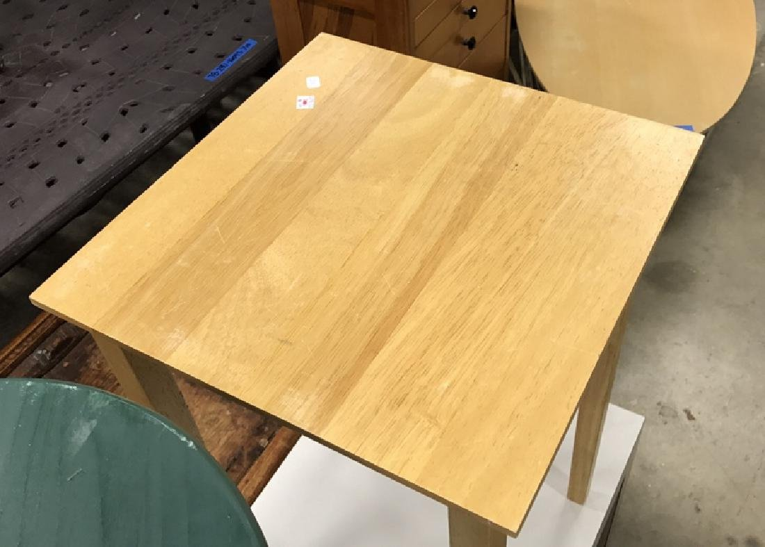 2 Vintage Style Wood Corner Tables 2 Vintage Style Wood - 4
