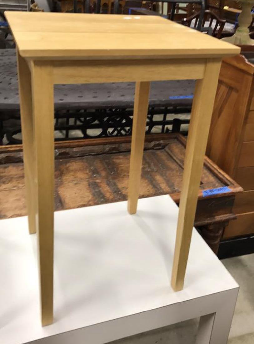 2 Vintage Style Wood Corner Tables 2 Vintage Style Wood - 5