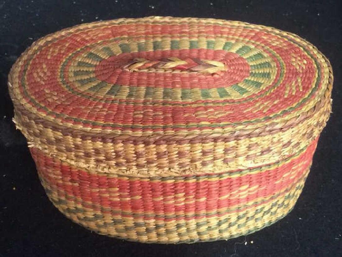 Group Woven Bags Baskets and Baskets Two Wicker bags - 2