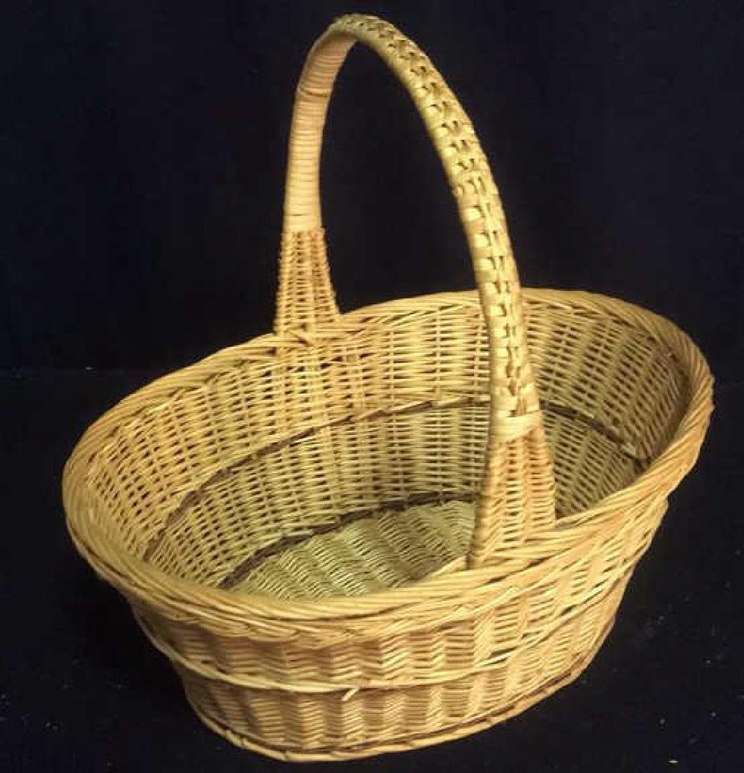 Group Woven Bags Baskets and Baskets Two Wicker bags - 4