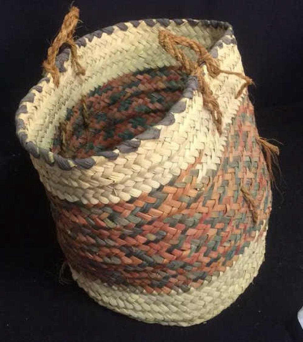 Group Woven Bags Baskets and Baskets Two Wicker bags - 5