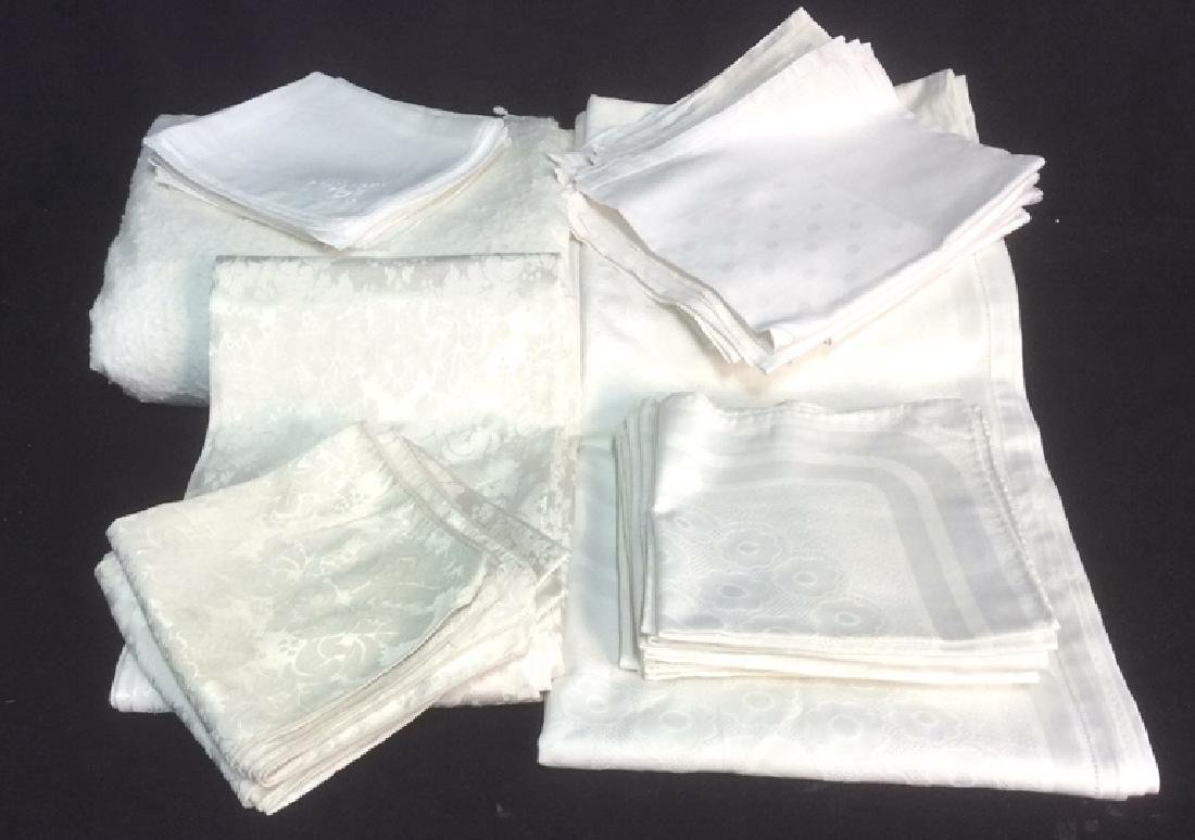 Group White Vintage Table Clothes Pads and Napkins