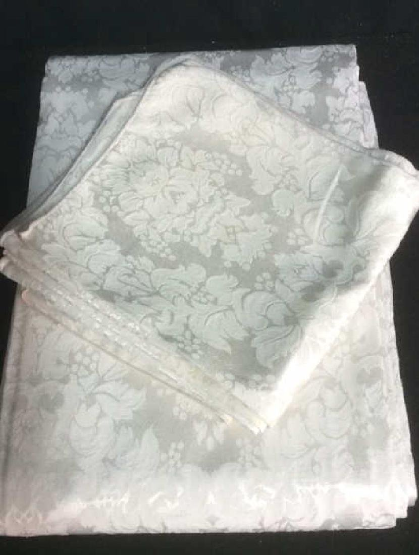 Group White Vintage Table Clothes Pads and Napkins - 5