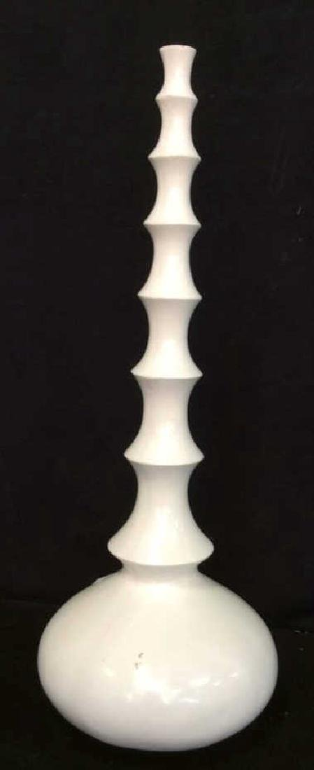 3 Carved white Wood Vases L'objet D'art Labeled Two's - 4
