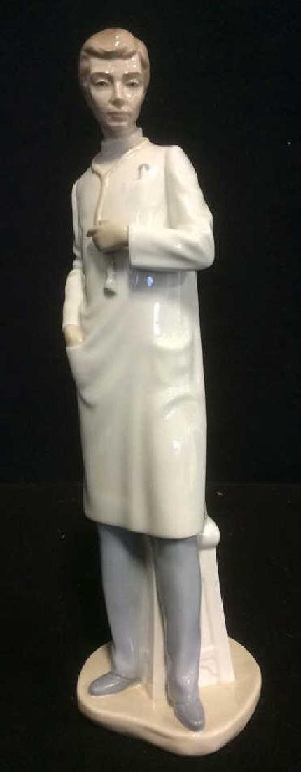 Lladro 'The Doctor' Figurine Elegant Figurine from