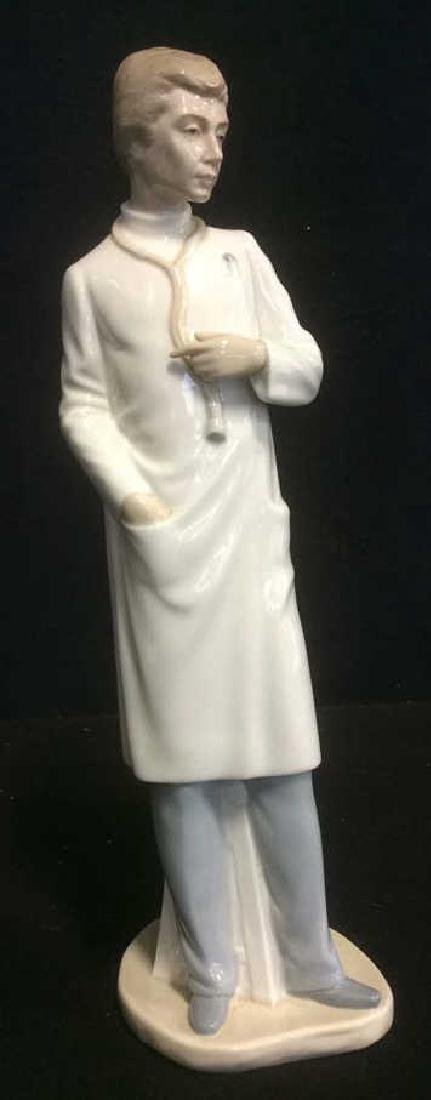 Lladro 'The Doctor' Figurine Elegant Figurine from - 2