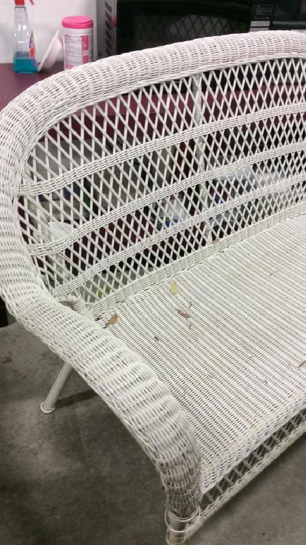 Vintage White Wicker Parlor Set Vintage indoor out door - 4