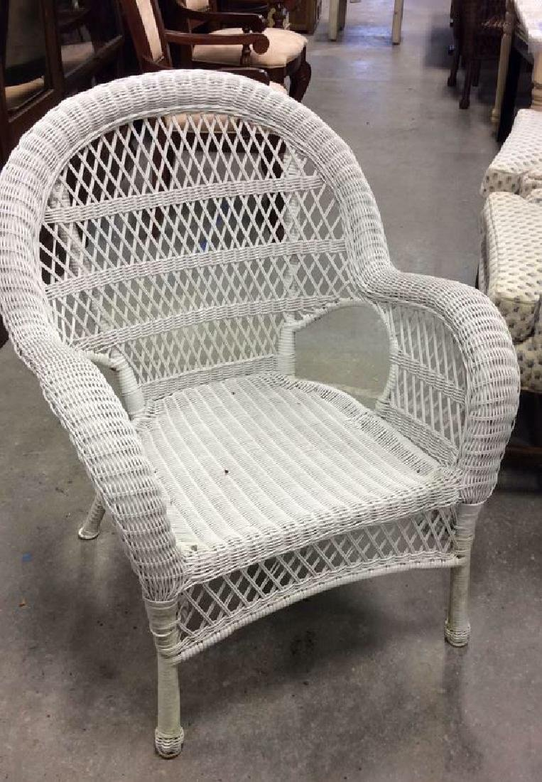 Vintage White Wicker Parlor Set Vintage indoor out door - 6