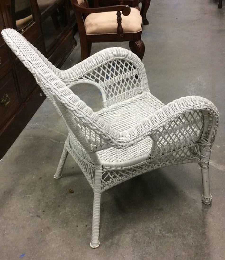 Vintage White Wicker Parlor Set Vintage indoor out door - 7