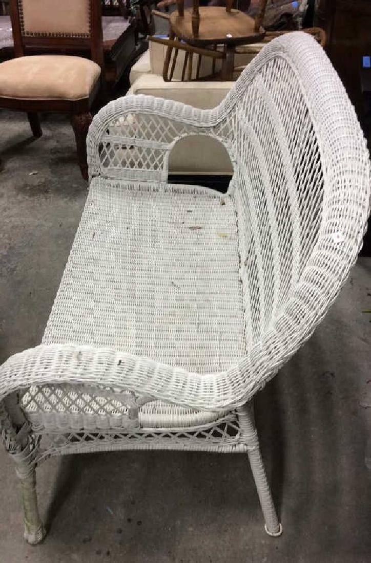 Vintage White Wicker Parlor Set Vintage indoor out door - 8