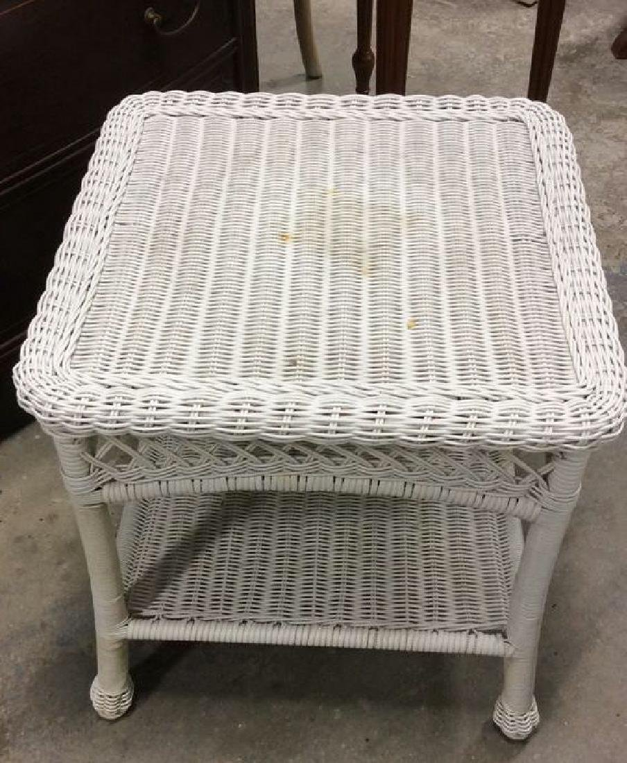 Vintage White Wicker Parlor Set Vintage indoor out door - 9