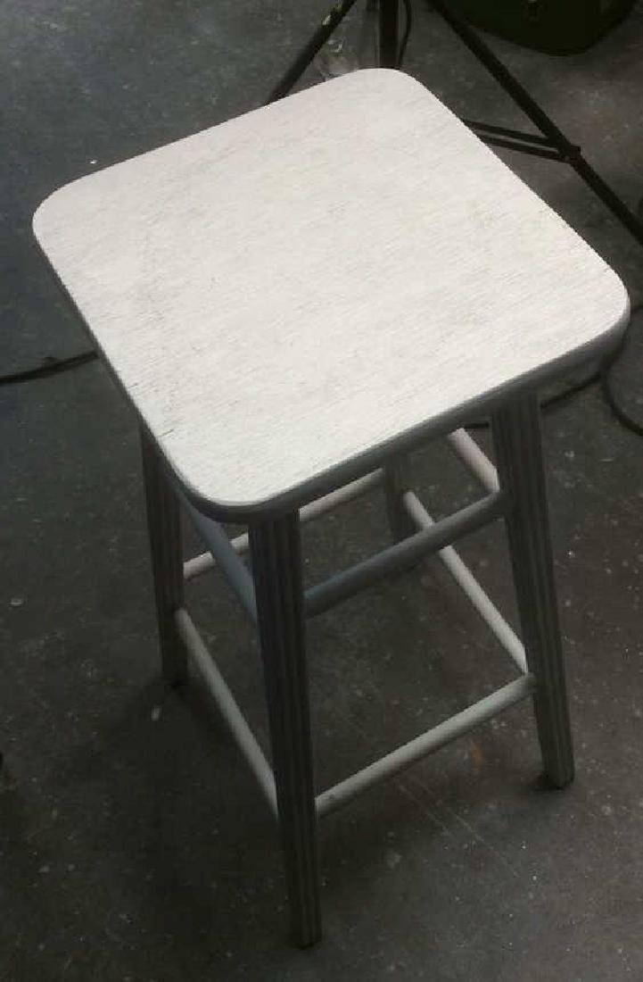 Vintage Primitive Tall Painted Wood Stool White painted - 2